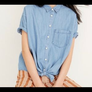 Madewell denim short sleeve button front tie top.